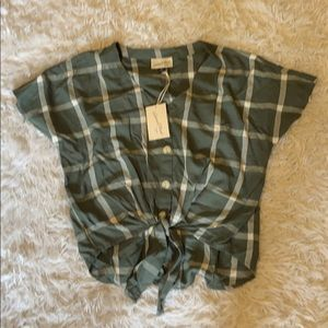 Green button down blouse NWT